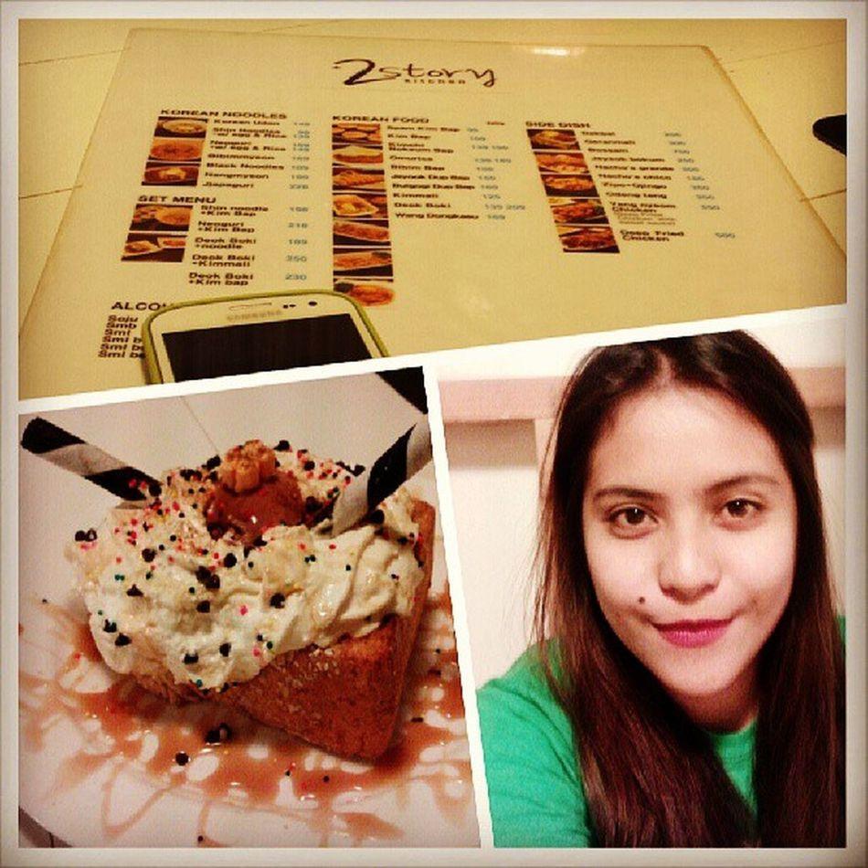 Yummyy.. :) Specialhoneybread 2storykitchen Diet Happytummmyyy instafood