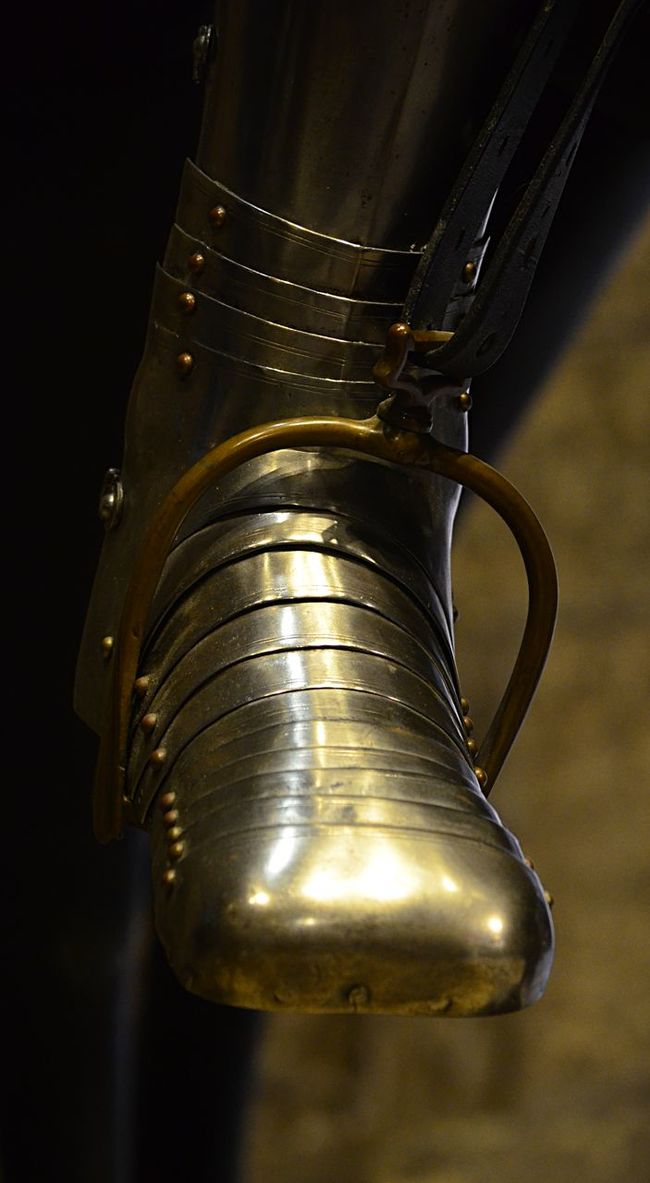 Shiny armour for a foot in London Antique Armour Close-up EyeEm Best Shots Foot Medieval Metal Ornate Pjpink Shiny Stirrup 43 Golden Moments