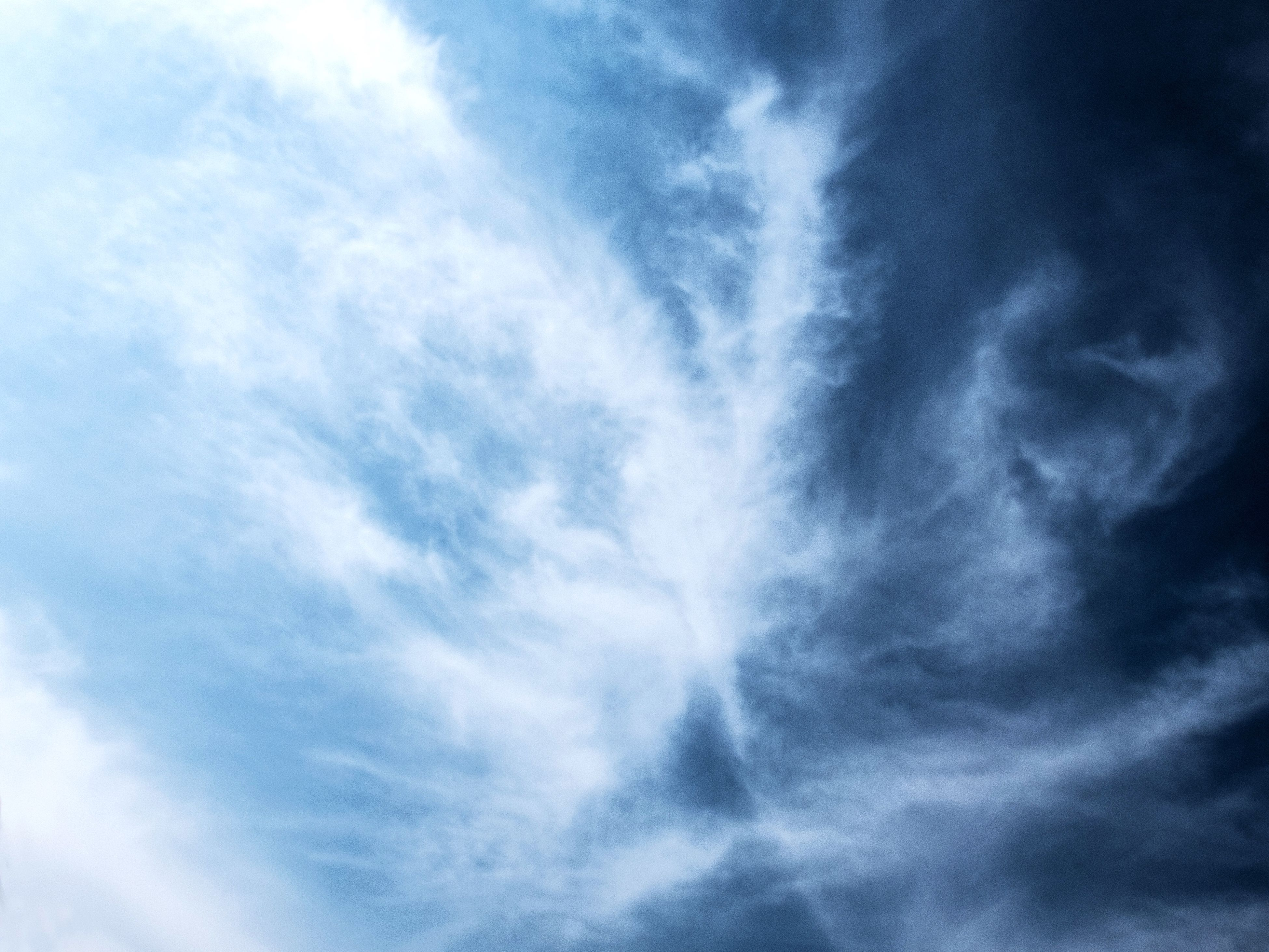 low angle view, sky, cloud - sky, sky only, cloudy, beauty in nature, tranquility, backgrounds, cloudscape, nature, scenics, full frame, blue, cloud, tranquil scene, weather, idyllic, outdoors, no people, day