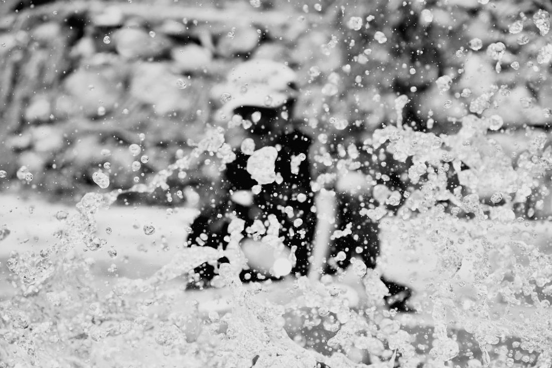 Water Fullblack Colorsplash City Motion Day People Nature Spacial Time Friends Special Moment Huawei Honor8
