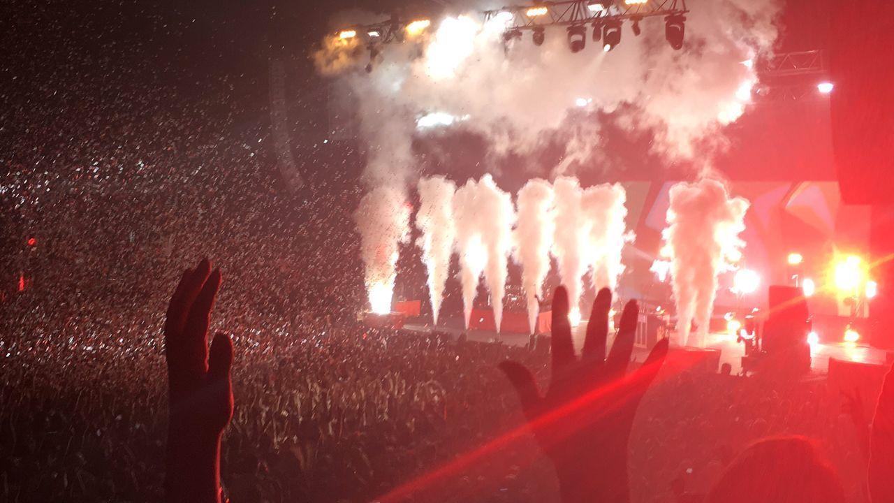 Twenty One Pilots concert 2016 TwentyOnePilots Concert Red EyeEmNewHere Smoke Vectorarena Auckland New Zealand First Eyeem Photo