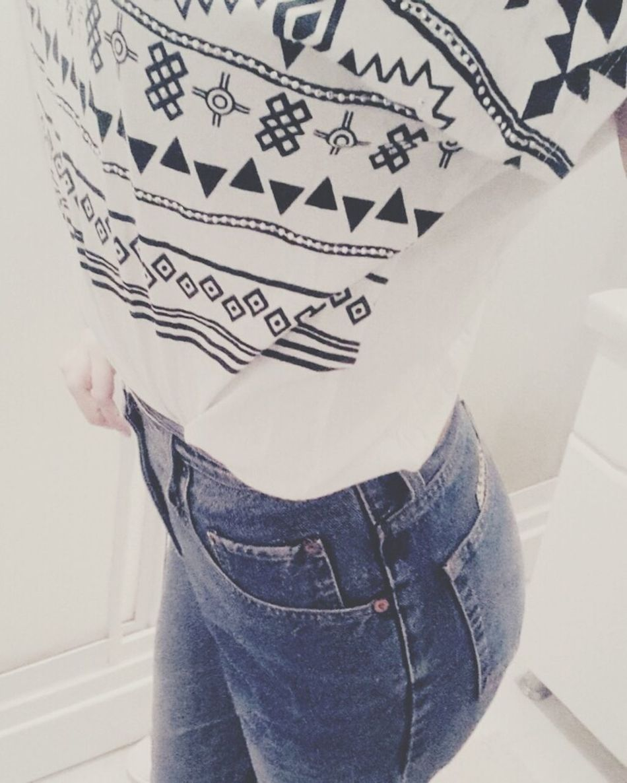 Taking Photos Boyfriendjeans Boyfriendstyle Blue Jeans Jean That's Me Blackandwhite ThatsMe That's Me Just Me