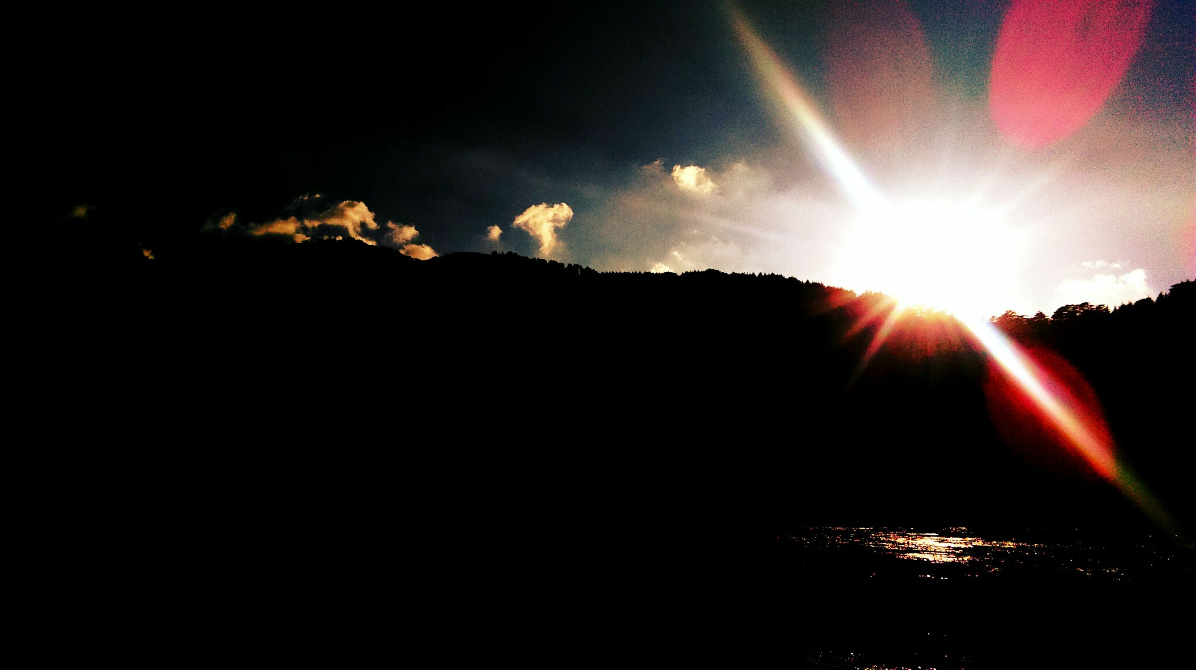 sun, sunbeam, sunlight, sunset, lens flare, sky, tranquil scene, scenics, silhouette, beauty in nature, tranquility, glowing, nature, idyllic, back lit, bright, outdoors, no people, cloud - sky, burning