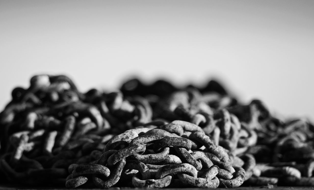 Blackandwhite Chains Close-up Day Dof Focus On Foreground Indoors  Large Group Of Objects Nikon Nikonphotography No People White Background