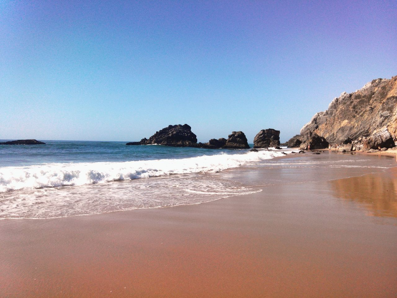 Adraga Praia Da Adraga Sandscape Beachview Beachphotography Beach Time Beachrocks Beach Beachsand Beachscape