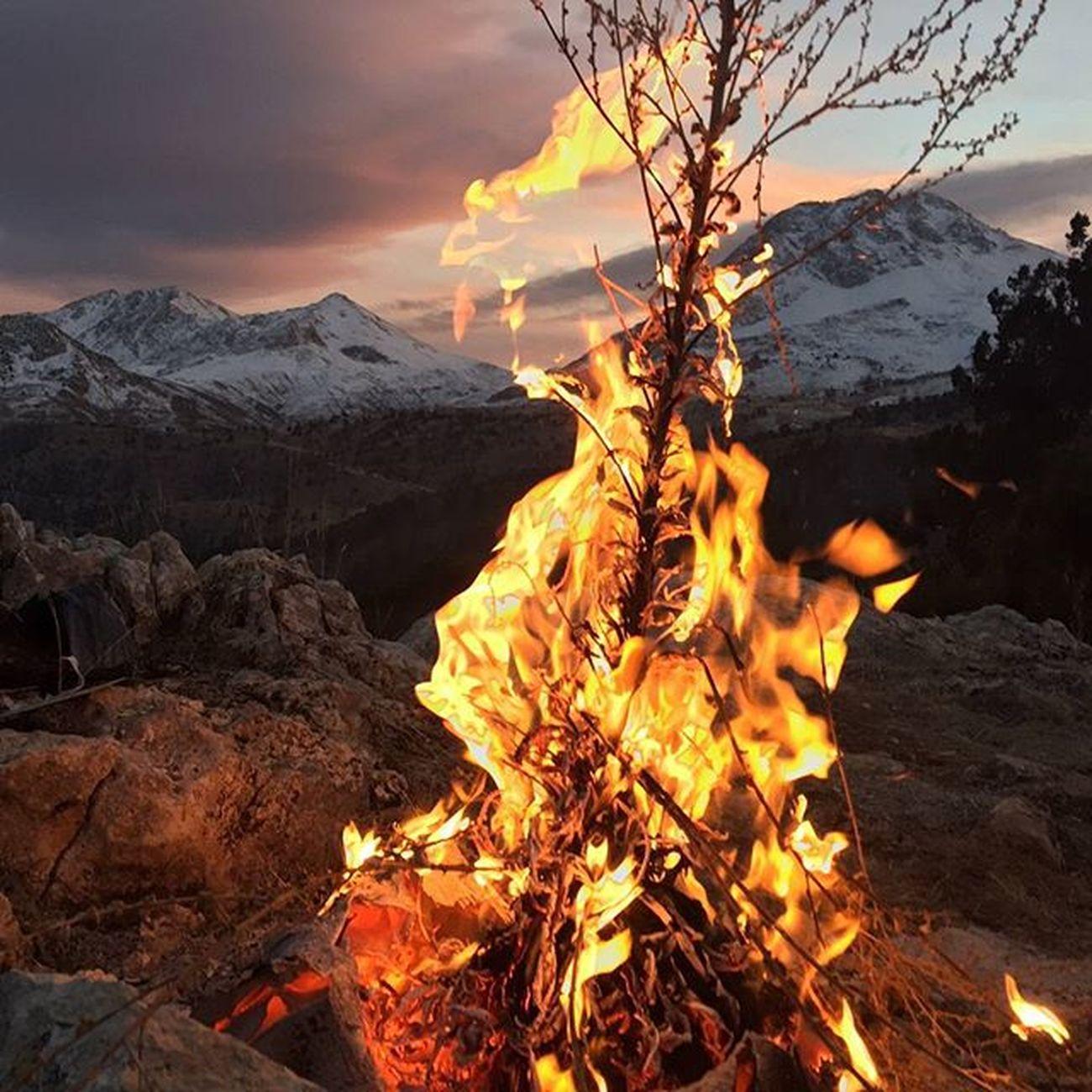 Ateş Saklıkent Doğa Mountain Fire Snow Nature Konyaaltı Sıcak Instagood Instaturk Antalya Sunday Nofilter