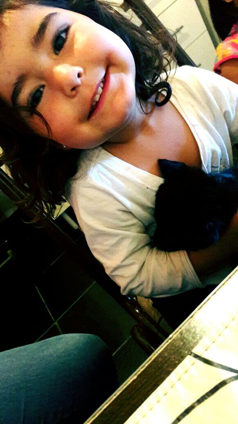 Hermosura 😍 Rulitos Perrito Nena Pequeños Infante Mascota Black Bellezas Cachorrito Sonrisa
