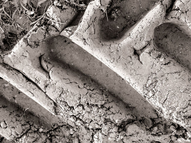 Earth 17 Close-up Dry Full Frame High Angle View Mud No People Shadow Time Tracks Tracks In The Sand Tractor Tyre