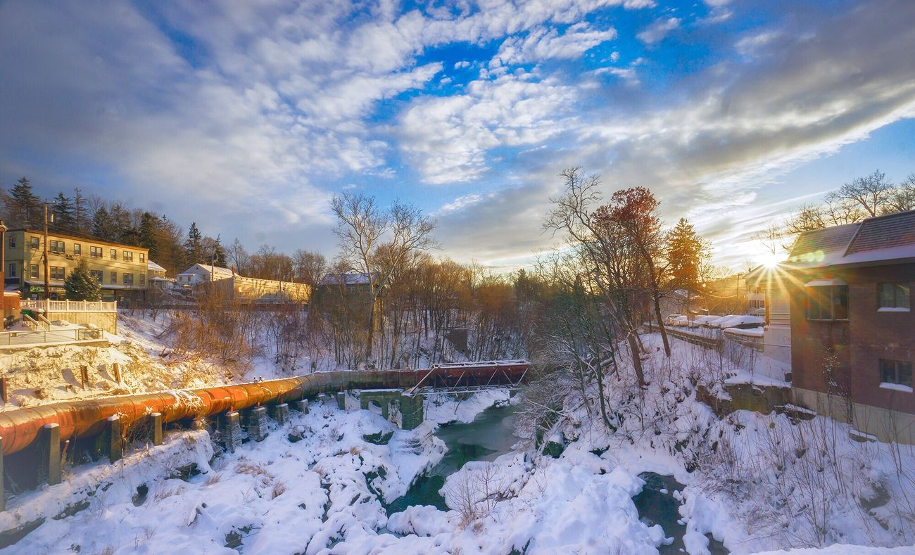 Wappingers Falls Snow Sunlight Sun Glare