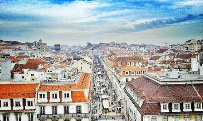 Quem nunca viu Lisboa, não viu coisa boa! Ditadospopulares Lisboameninaemoça Lisboalive Faded Livethelittlethings Bigcitylife Snapseed Snapseeddaily Vscophoto Vscocam Lisbonlovers Portugaldenorteasul Picoftheday Portugalcomefeitos Portugal