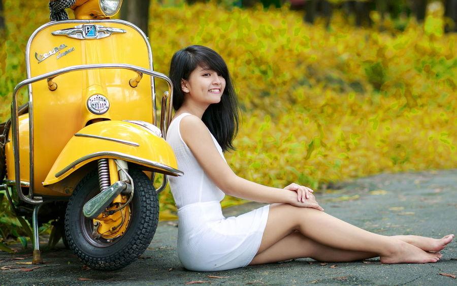 Beauty Model Pose Cute Beautiful Girl