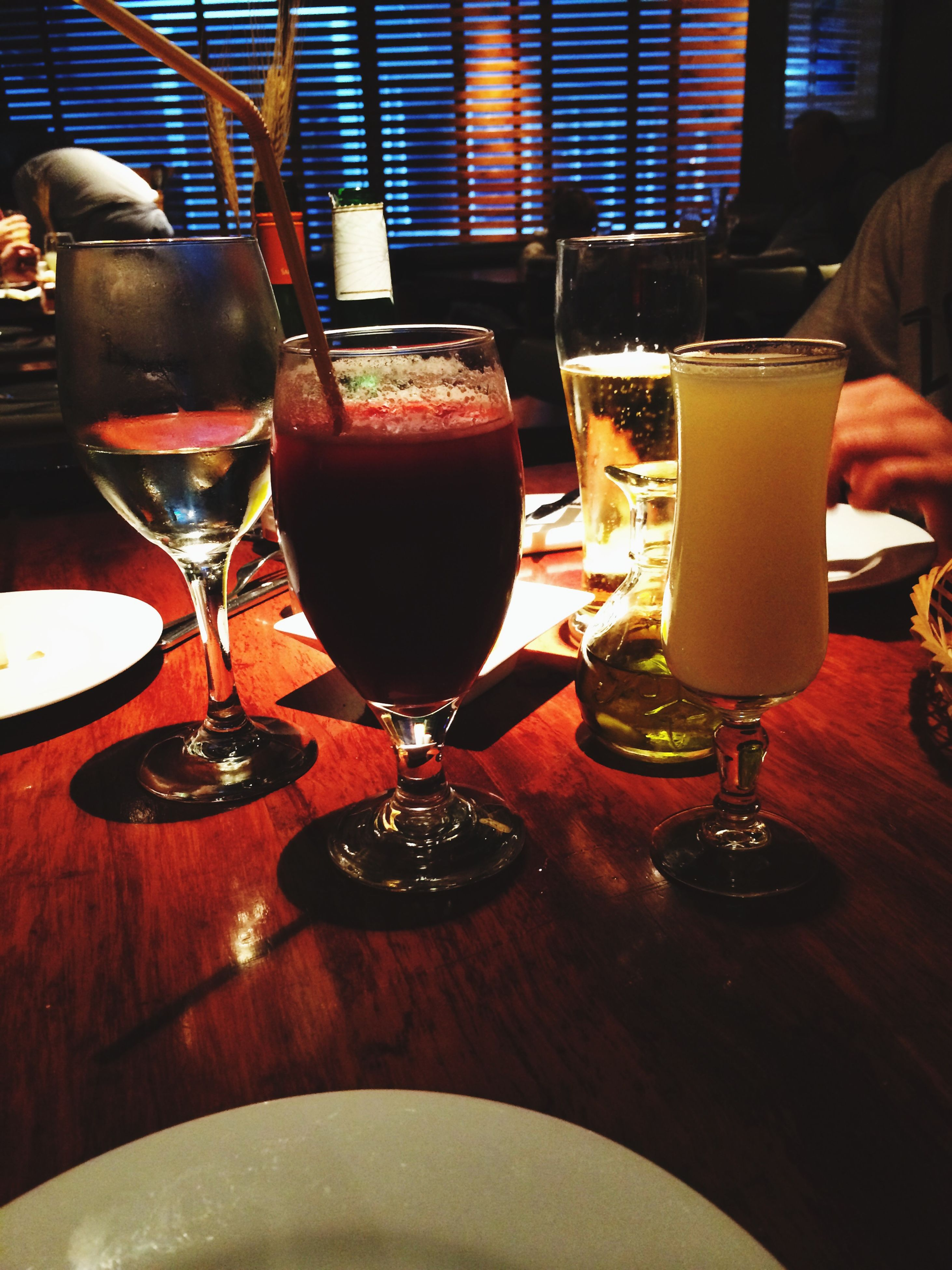 drink, food and drink, refreshment, table, drinking glass, freshness, indoors, alcohol, restaurant, close-up, coffee - drink, wine, frothy drink, still life, glass - material, wineglass, beer glass, incidental people, cafe