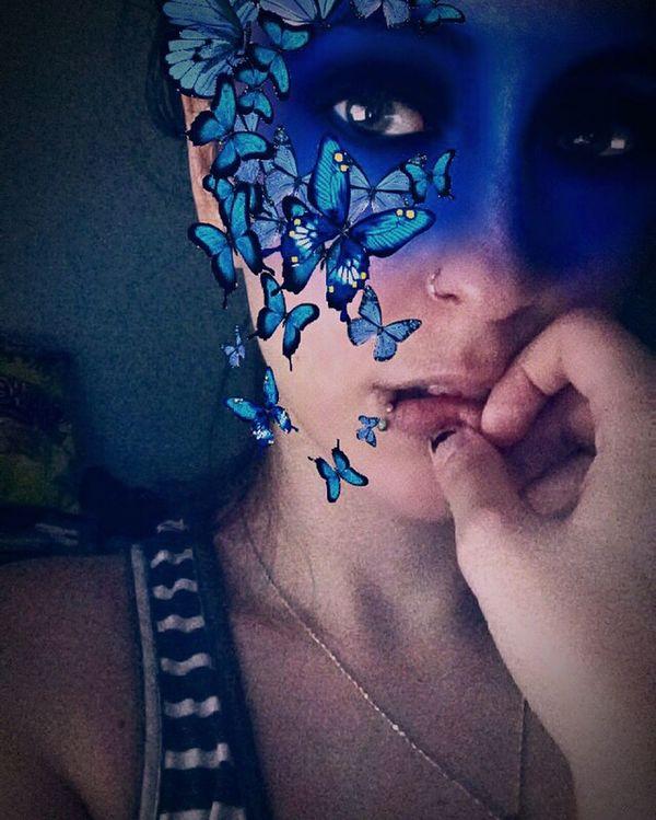 Hello World Schmetterling Kelebek Göz Augen Eye Butterflies Butterfly Blue Face Piercings Snapchat Selfie :) Solothurn Funny Faces Ben Me :)  Kelebekler Piercing Dudak Gozler Mavi Yüz Butterflys Schmetterlinge ...
