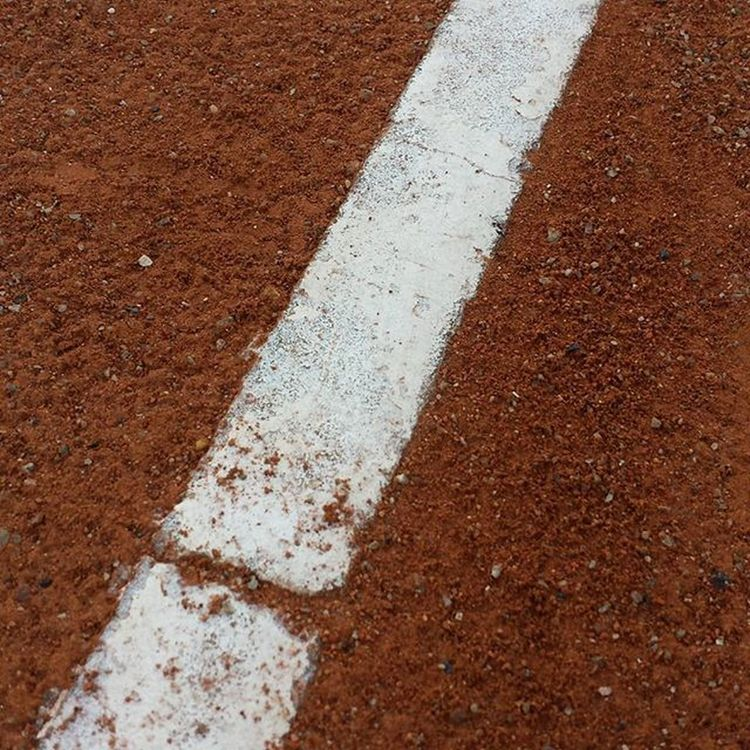 Clay Claycourt LINE Tennis Polvodeladrillo Terra  Terrabatuda Surfacedesign Surface Marro Blanc Athc Atletic