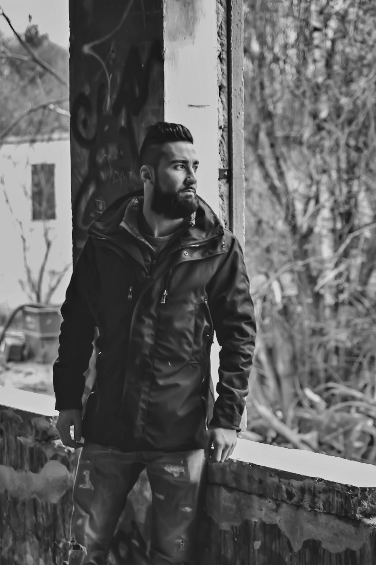 Male Model Burhan Özel Freilassing Bnw_city EyeEm Gallery Bnw_worldwide Showcase March This Week On Eyeem Bnw_society Bnw_collection Casualwear Casual Clothing Abondened Places Abondoned Buildings Learn & Shoot: Balancing Elements Pose For The Camera Pose BART