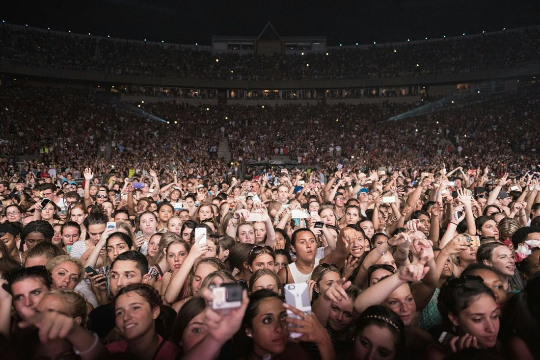 Music Brings Us Together - The crowd for the very first Billboard Hot 100 Music Fest