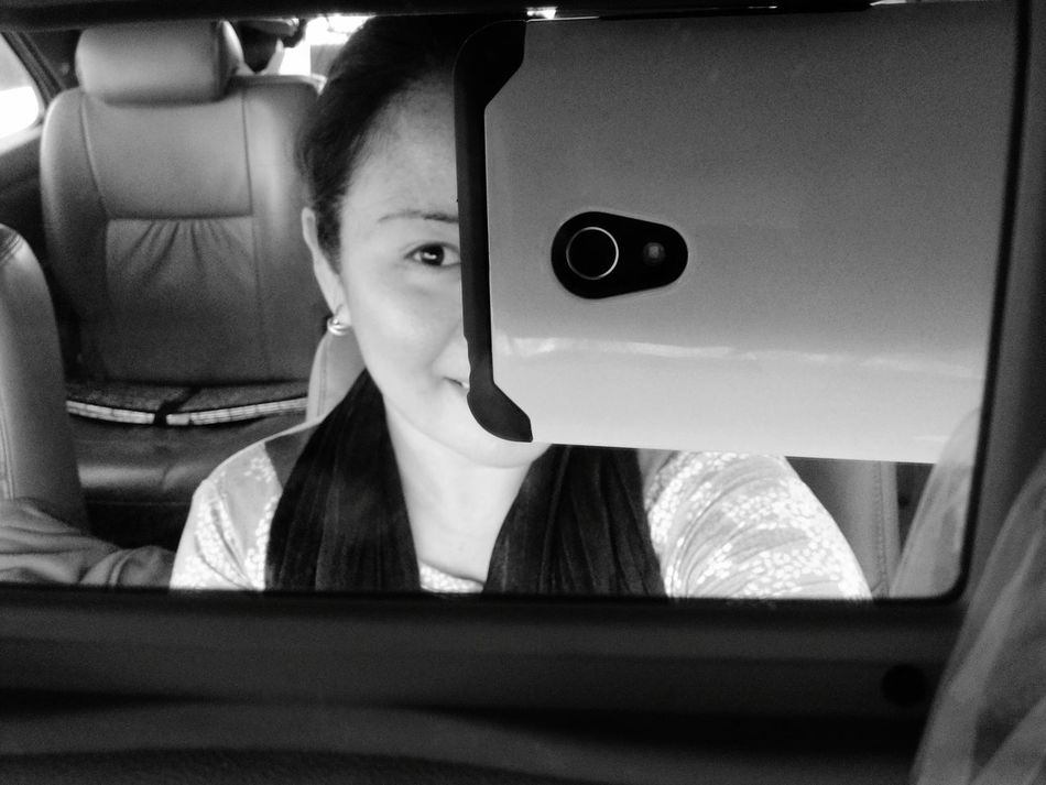 Black and white effect. Ohh lookin' nice! Selfietime