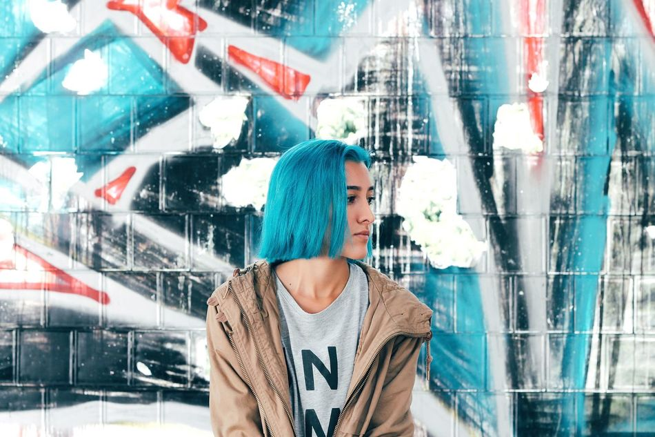 Beautiful stock photos of graffiti, 20-24 Years, Architecture, Building Exterior, Built Structure