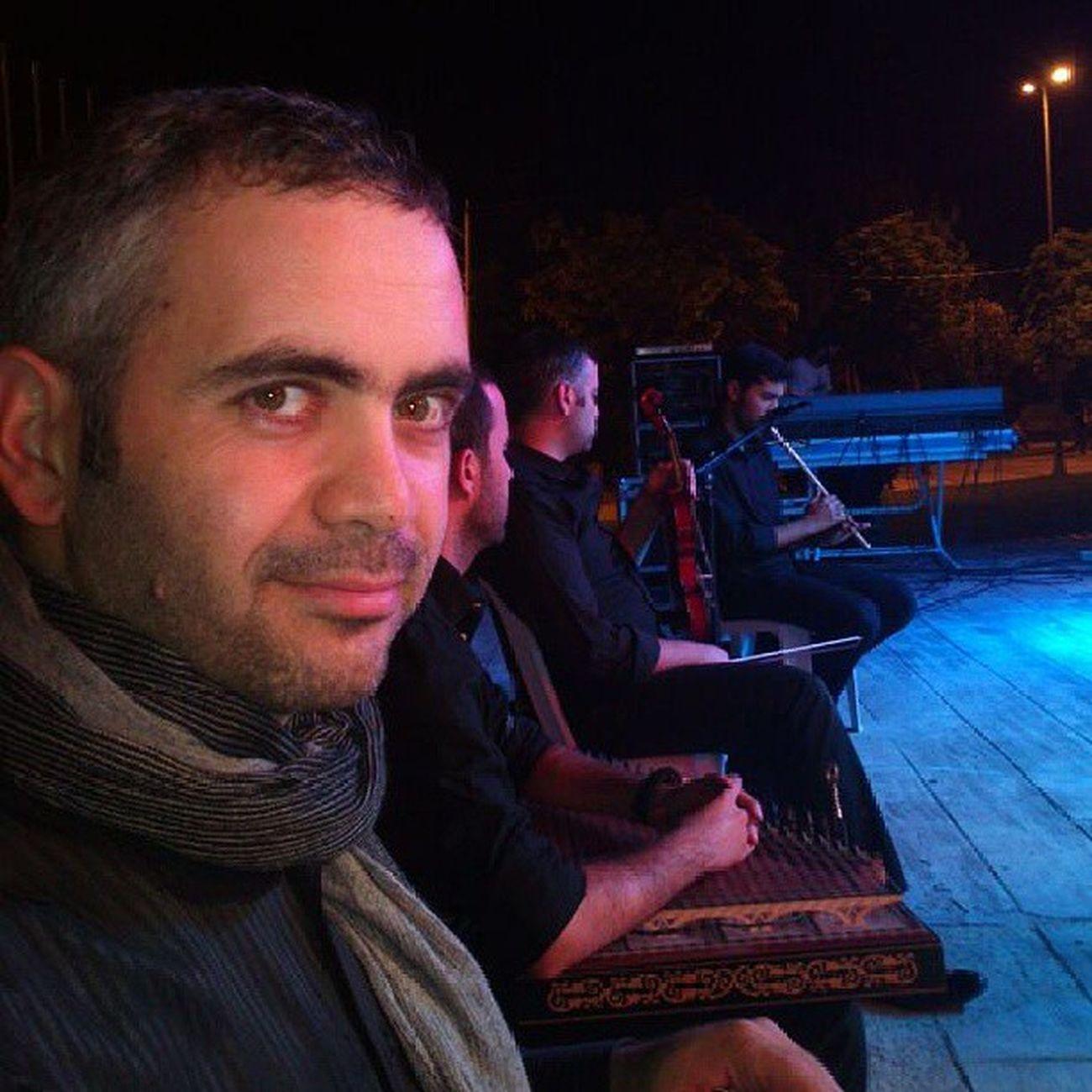 Beykoz Çayırında iftar sonrası konser vardı. Konser Def Yaylitanburi Gece