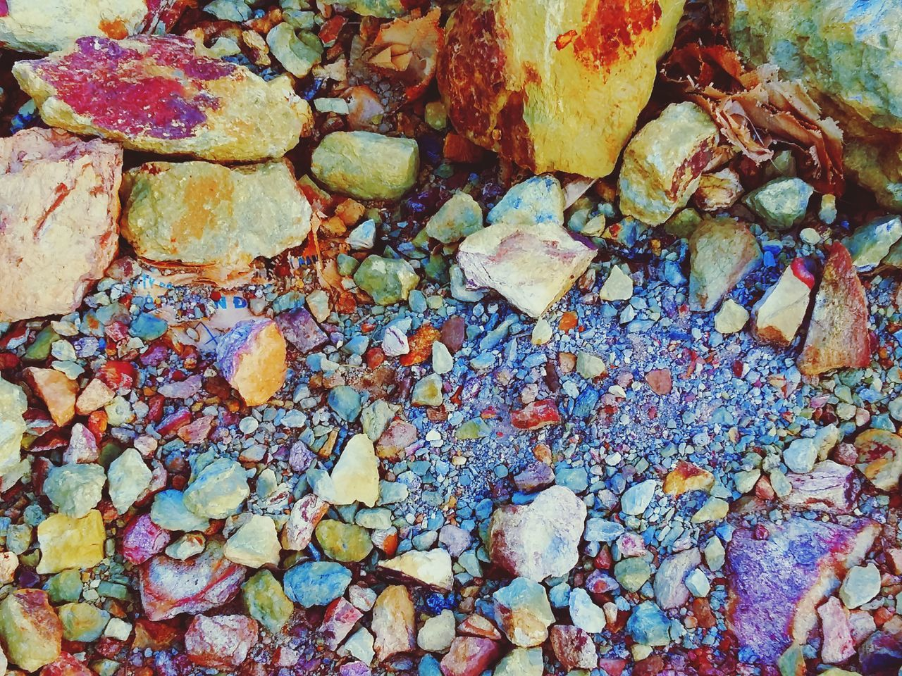full frame, backgrounds, rock - object, no people, pebble, multi colored, day, close-up, outdoors, nature