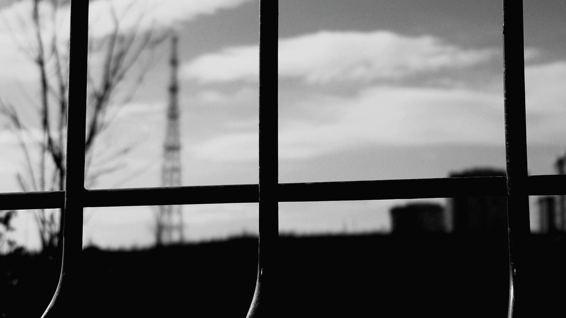 Blackandwhite Sky Here ı Stand What Do You See? Window