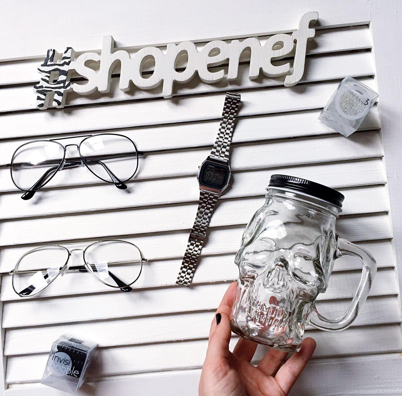 Shopenef  Glasses Skull Invisibobble Casio Watch