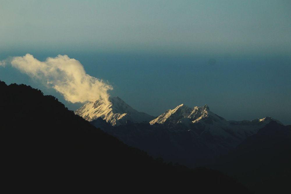 As the Guardian sleeps... mighty MtKhangchendzonga Mountain Range Himalayanwonders Landscape Tranquil Scene Feel The Journey Travel Destinations Mountainview MtKanchenjunga
