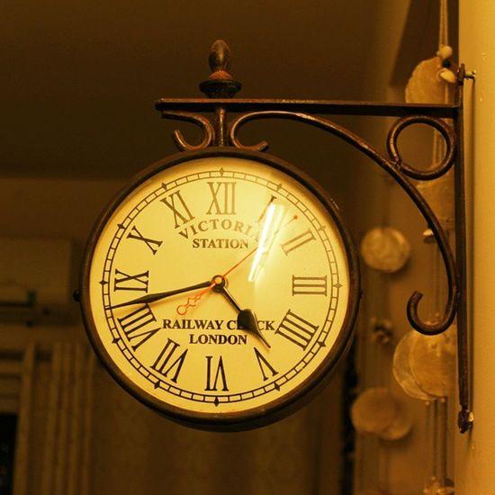 Time Clock Wall Decor Interior Design Victoria British Vintage Wallclock India Collectables Wallmart Disney Archies
