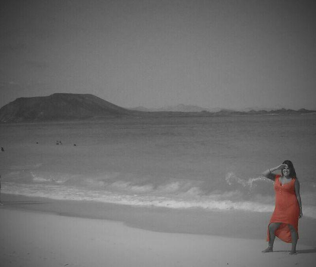 ❤Fuerteventura Black & White Dresscolour me and isla de lobos!