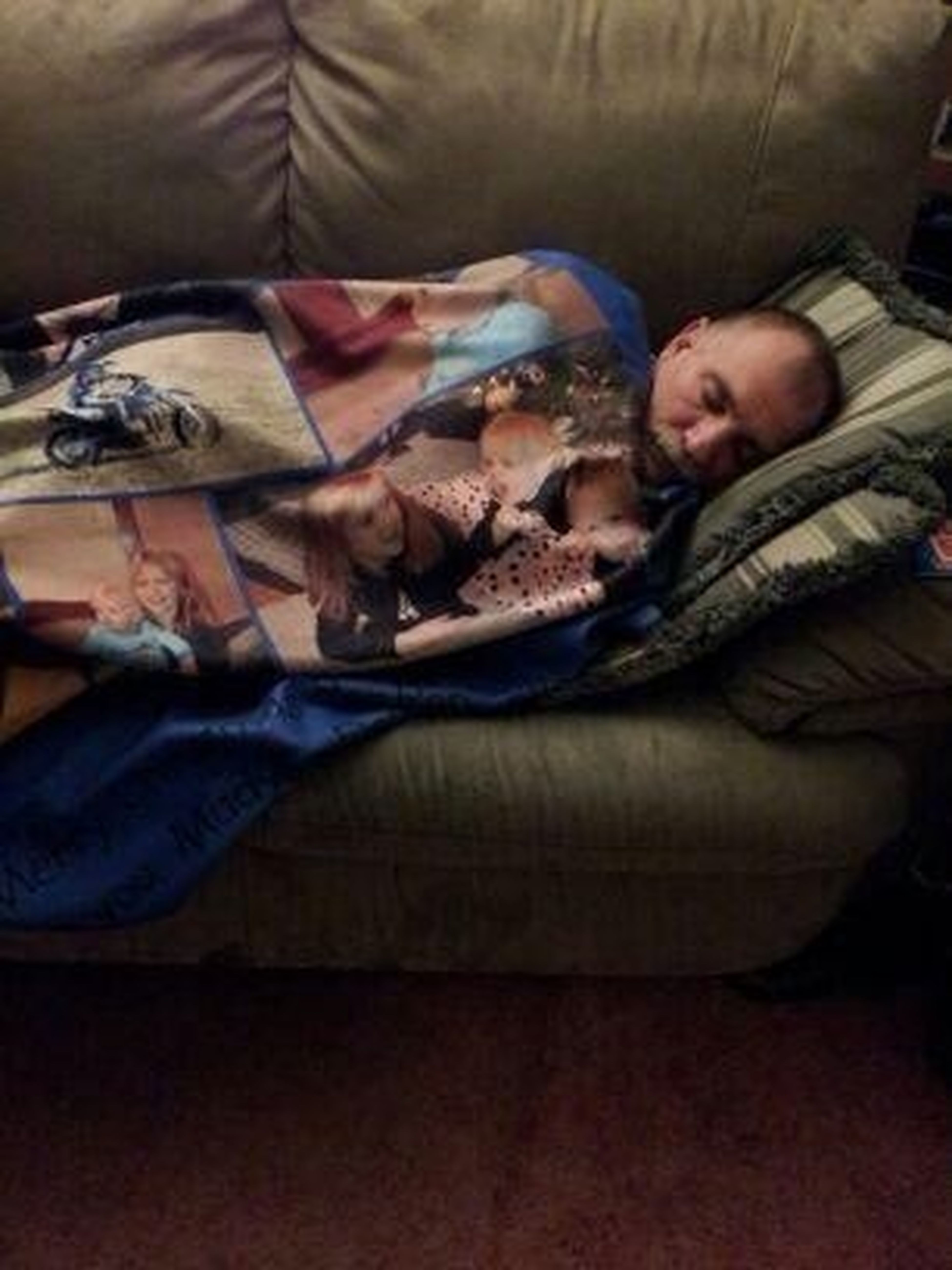 My Dad And His New Blankie