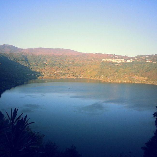 Genzanodiroma Lagodinemi Spettacolo Domenicad 'autunno bellissima passeggiata beatiful family picofthemoment picoftheday lake sun instagram dream