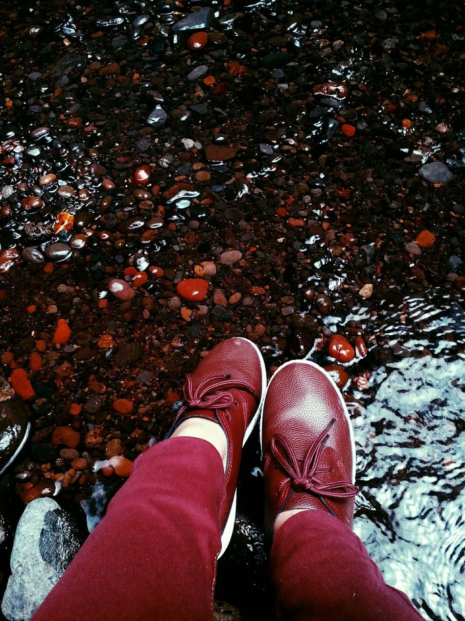 Maroon 😍 Maroon Red Pebbles Stones & Water Color Palette Shoes Shoeselfie Shoesporn Loafers
