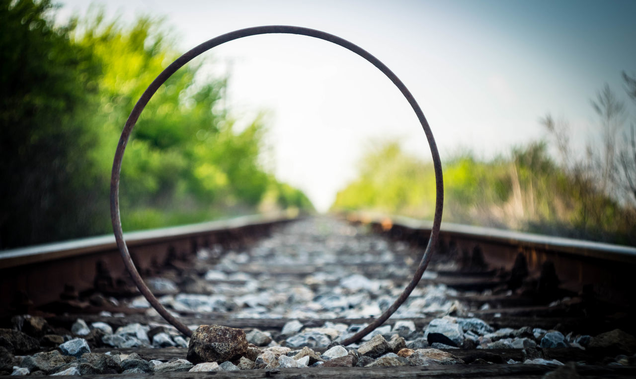 Railroad Track Curve Outdoors Bicycle Wheel Rusty Metal Rust Springtime Nature_collection Gravel Stones Helios 44-2 Helios 44-2 58mm F2 Blurred Background Focus On Foreground