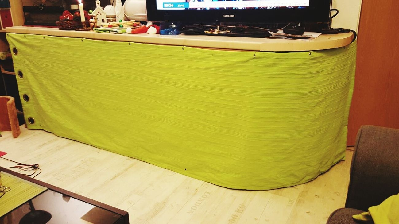 Selfmade Curtain for the Tabletop Livingroom Green Color