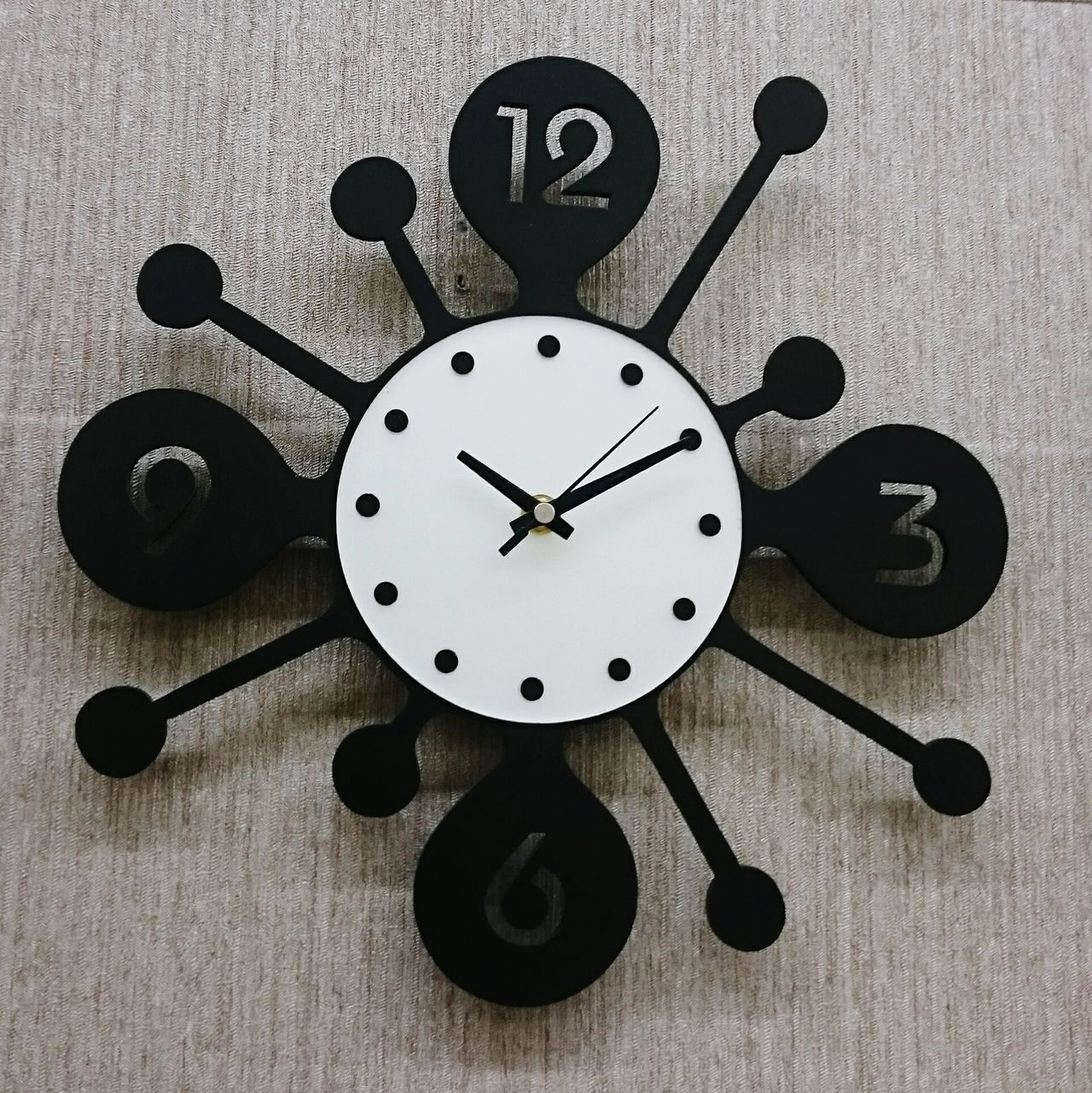 Beautiful stock photos of clock, Clock, Close-Up, Day, Indoors