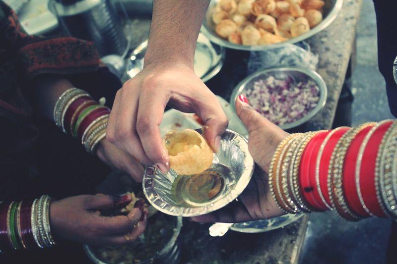 Golgappe Hand Batasha Indianfood Roadside Bharat Indianstories