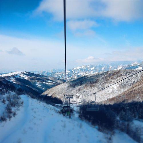 perfect time to enjoy in beautiful view between the rides ☺❄☀?⭐ Staraplanina Oldmountain Srbija Serbia zima winter sneg snow skijanje skiing priroda nature nebo sky