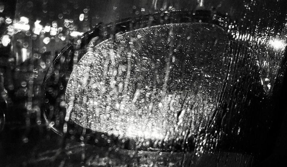 Rain RainyDay NightRain Taking Photos Picture Notes From The Underground Urban Rain Water Water Drops Getting Inspired Blackandwhite Blackandwhite Photography Monochrome