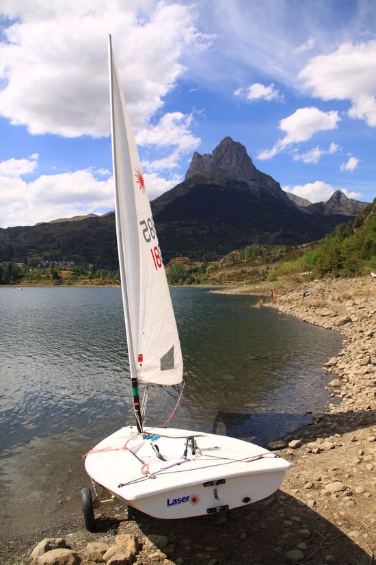 Boat Check This Out Cloud - Sky Cloud Formations EyeEm Gallery Huesca Lake Landscape Landscape_Collection Landscapes Mountain Nautical Vessel No People Pirineo Pirineo Aragonés Pirineos Sailboat Sallent De Gallego Sallentdegallego Scenics Shore Sky Tranquil Scene Transportation Travel