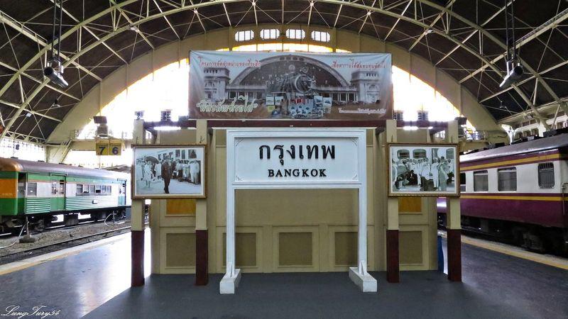 Mainstation Hualampong,Bangkok Bangkok HuaLampong Information Sign Mainstation Public Transport Thailand Trainstation Trainstations