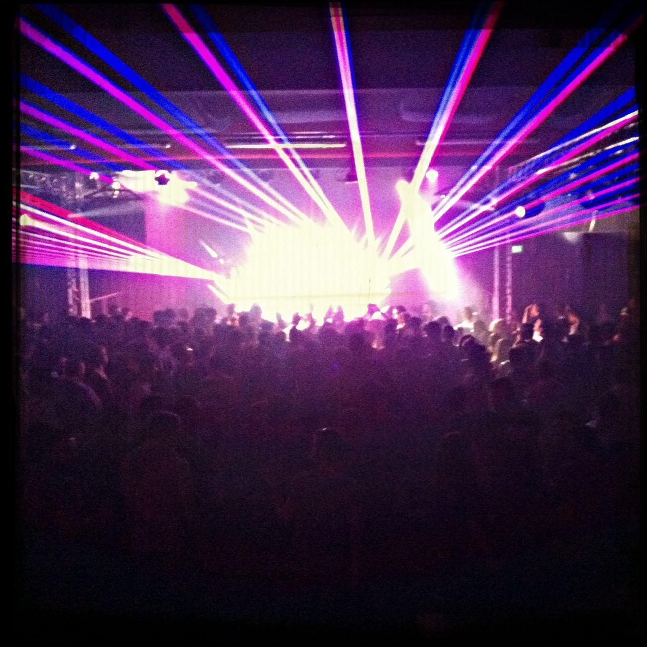 03:25. We feel still alive!! Onlyforclubbers Housemusic Nightlovers Alternativepeople
