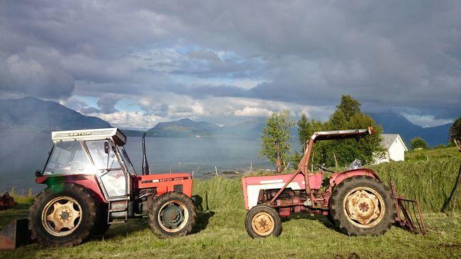 Tractor Taking Photos Eide På Nordmøre Norway