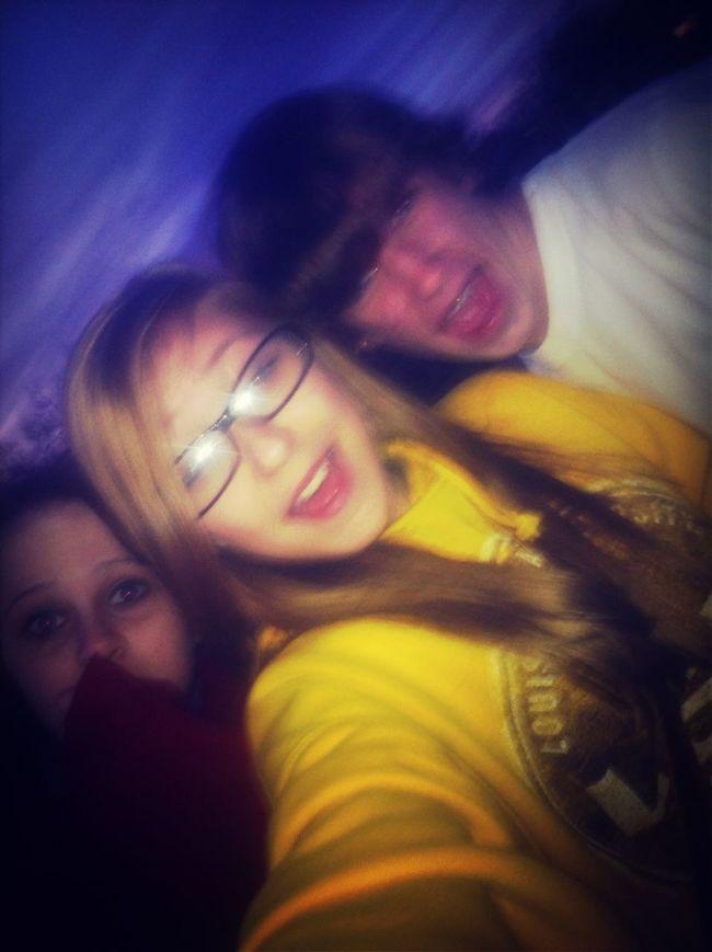 We Was Chillinn.