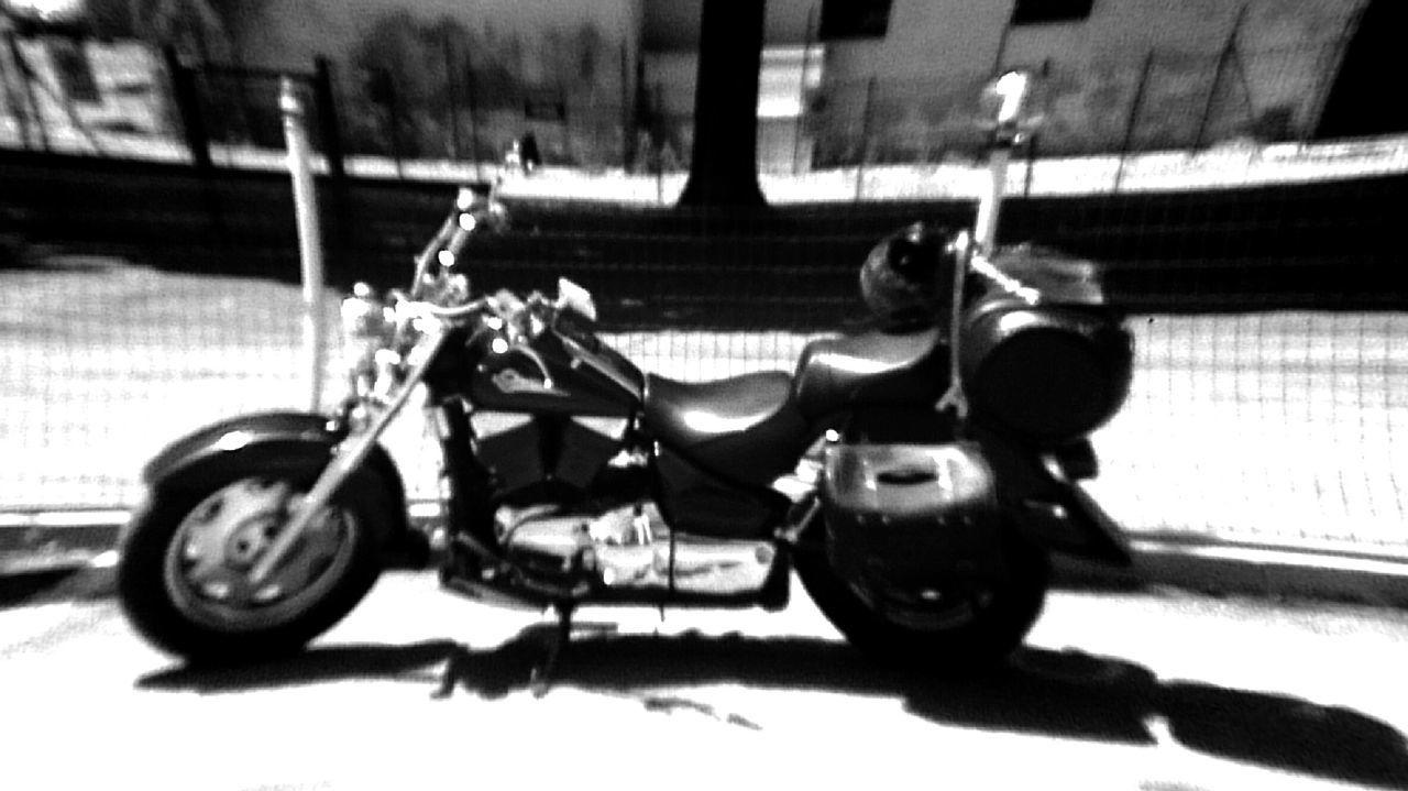 My bike... nice effect Fotoitaliane On The Road Born To Be Wild Suzuki Intruder Vl1500lc