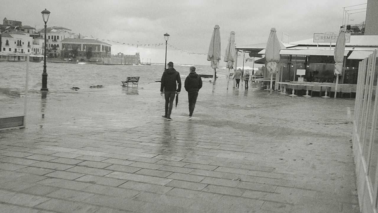 The sound of rain soothes me. Rainy Days Friendship Creta Chania Chania Old Port Walking Love Rain Days ☔☔📷 Water Sky Day City Love My Boo ! Love My Town