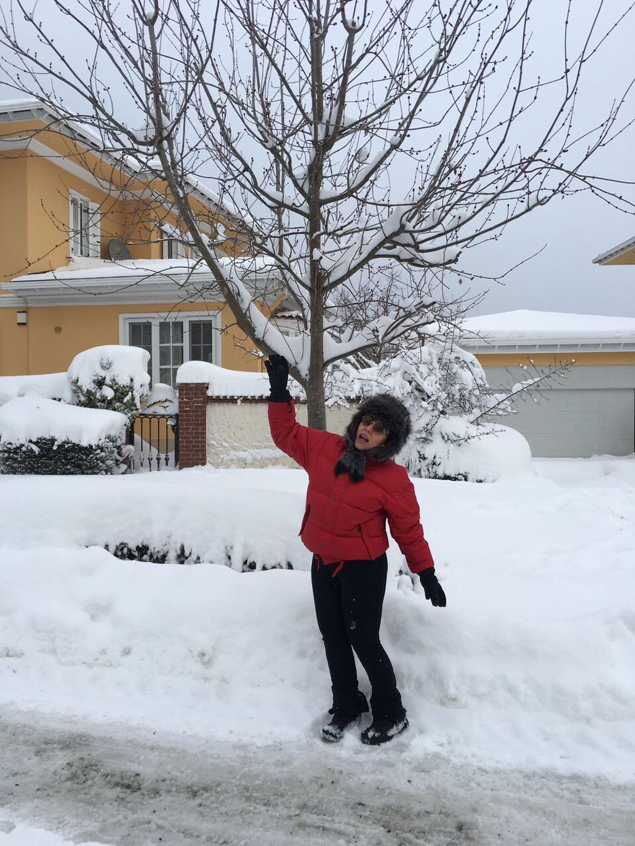 Winter Snow Tree House Happiness Smile Enjoying Life Hello World Relaxing Walking Around That's Me