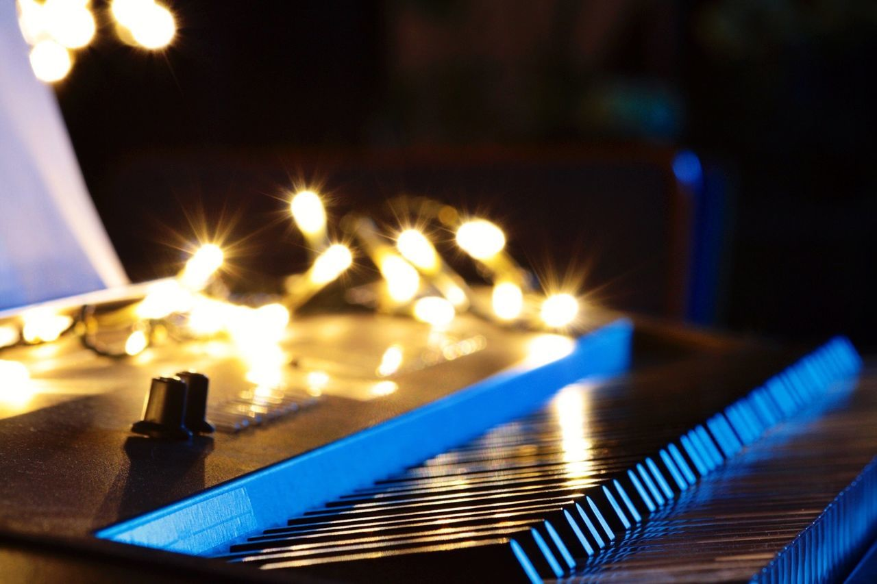 Beautiful stock photos of keyboard, Arts Culture And Entertainment, Berlin, Christmas Lights, Close-Up