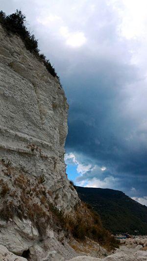 Monte Nuvolone Tempesta Mountainonthestorm Storm Mountain Darkcloud Landscape Outdoors No People Badweather Bruttotempo Pioggia Rain Grey Grigio Cielo Gothic Pietra Rocce Rock