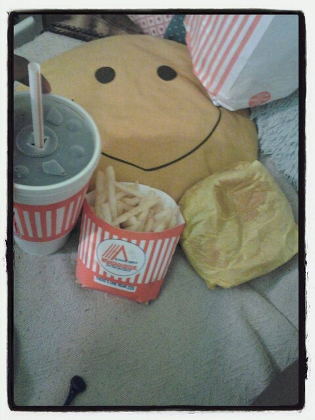 This is wassup.. whataburger at 3 a.m >_<