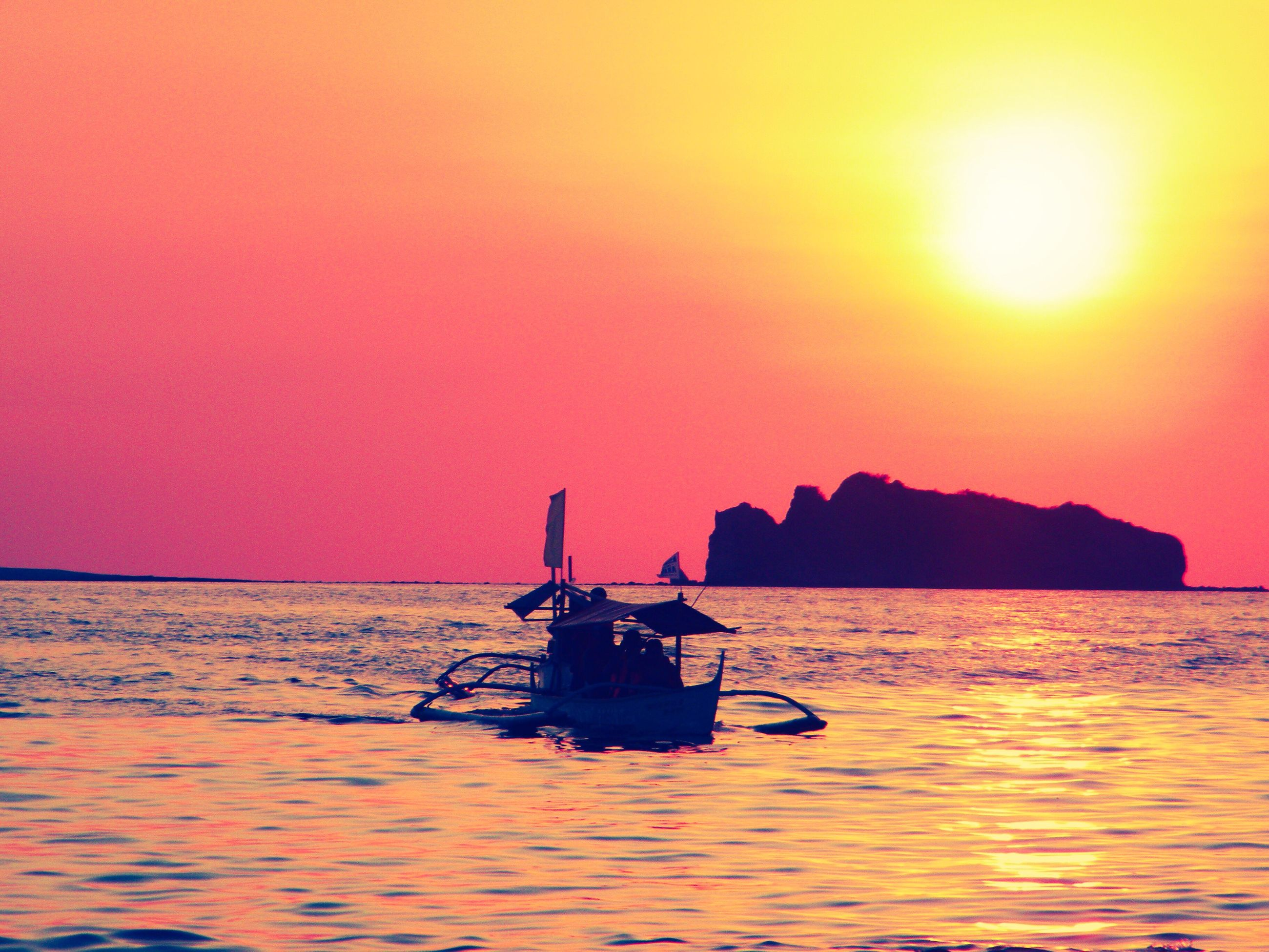 sunset, sea, tranquility, beauty in nature, scenics, sky, nature, nautical vessel, water, outdoors, transportation, no people, tranquil scene, horizon over water, day, astrology sign